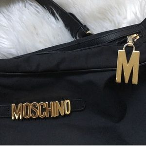🛑 🐻 Moschino Redwall nylon and leather bag